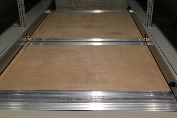 Train Compactable Shelf ROSSS UK